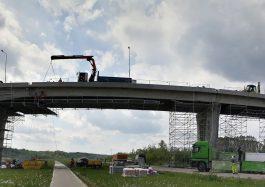 Jurbarko tiltas per Nemūną